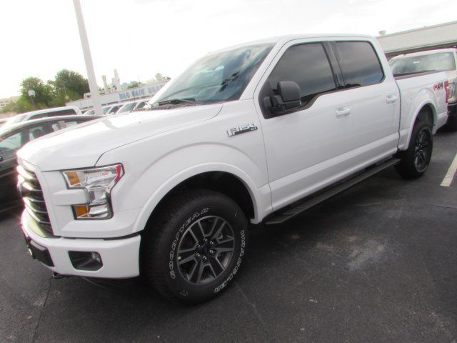 1ftew1ef5hfb09571 2017 Ford F150 Xlt 210 Miles White