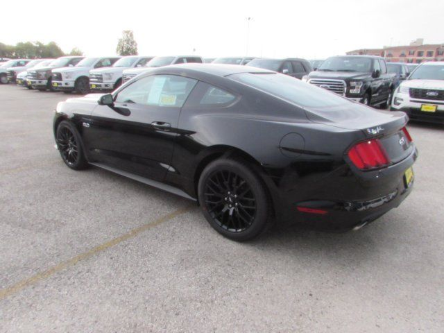 1fa6p8cf7h5302250 2017 Ford Mustang Gt 5 Miles Black 2dr