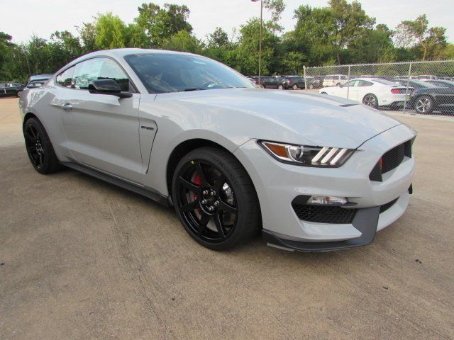 1fatp8jz3h5521769 2017 ford mustang shelby gt350r avalanche gray production 150. Black Bedroom Furniture Sets. Home Design Ideas