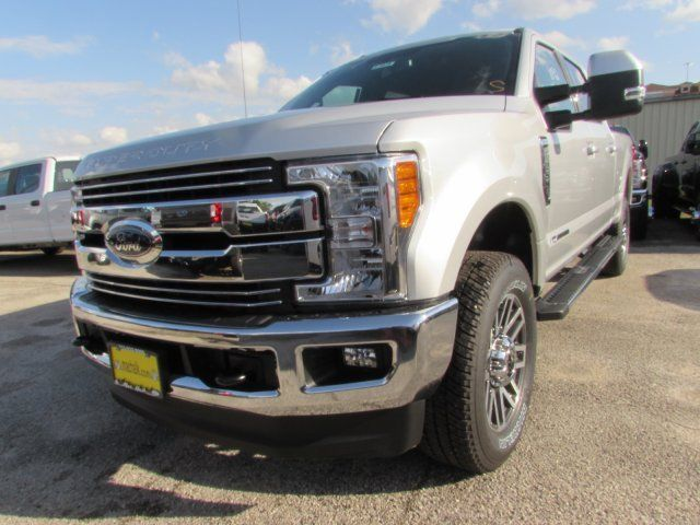 1ft7w2bt8hed06958 2017 ford super duty f 250 srw lariat 5 miles silver crew cab pickup diesel 8 cy. Black Bedroom Furniture Sets. Home Design Ideas