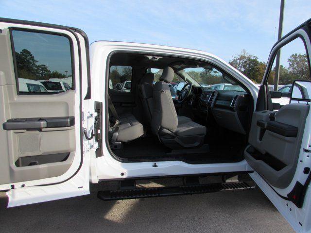 1ft7x2b69hec07587 2017 ford super duty f250 xlt 5 miles white extended cab pickup regular unleaded. Black Bedroom Furniture Sets. Home Design Ideas