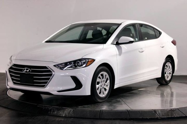 5npd74lf0hh080399 2017 hyundai elantra se 3948 miles quartz white pearl sedan 2 0l dohc 16v 4 cyl. Black Bedroom Furniture Sets. Home Design Ideas