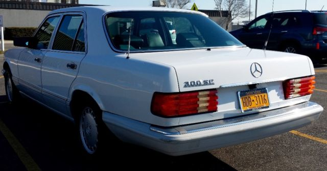 Wdbca24e2la518233 80k mile mercedes benz 300se no for Mercedes benz huntington phone number