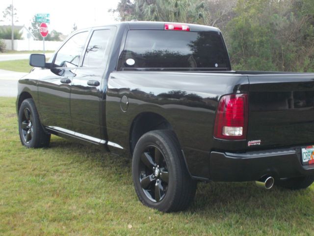 blacked out dodge ram the image kid has it. Black Bedroom Furniture Sets. Home Design Ideas