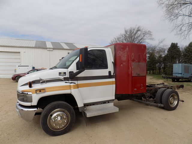 1gbe4v1284f522082 cab and chassis hot shot sleeper