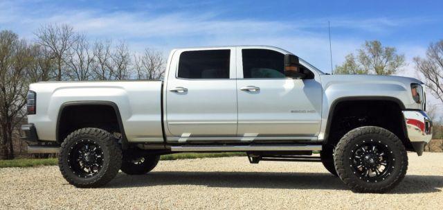 1gt12ye88ff520481 Duramax Diesel Custom Lifted 2500