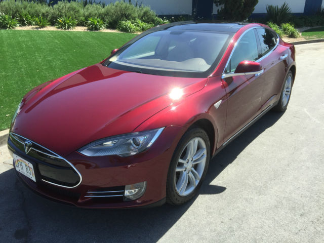 5yjsa1dn6cfs00310 extremely rare founders series 2012 tesla model s signature performance for sale. Black Bedroom Furniture Sets. Home Design Ideas