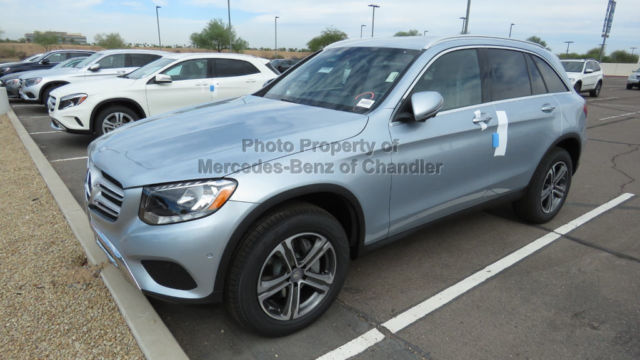 Wdc0g4kb8hf162513 glc300 4matic suv new 4 dr suv for Mercedes benz of chandler