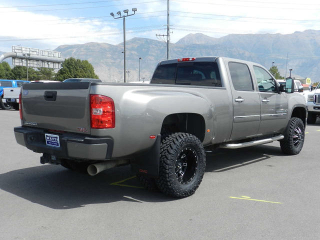 1GT426C84DF181039 - GMC CREW CAB DENALI DUALLY 4X4 DURAMAX DIESEL LEATHER CUSTOM LEVEL WHEELS TIRES