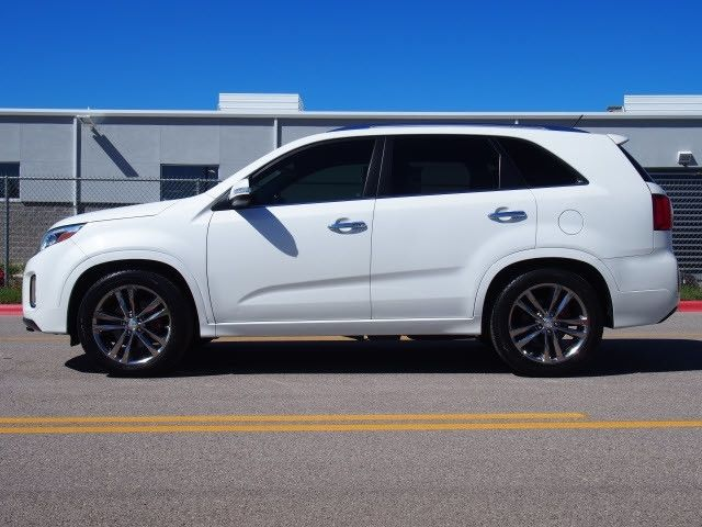 5xykw4a79eg444537 Kia Sorento Snow White Pearl With