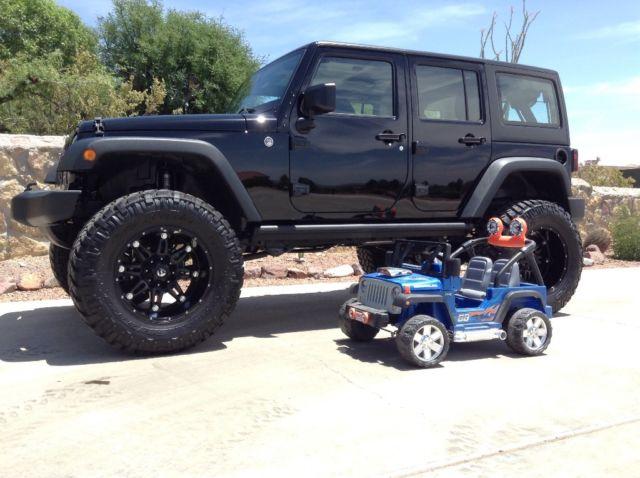 Jeep Wrangler Unlimited Lifted 1C4BJWDG3FL549585 - Li...