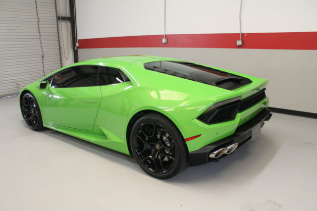 zhwuc2zf5gla04365 mint condition 2016 lamborghini huracan in verde mantis full coverage clear bra. Black Bedroom Furniture Sets. Home Design Ideas