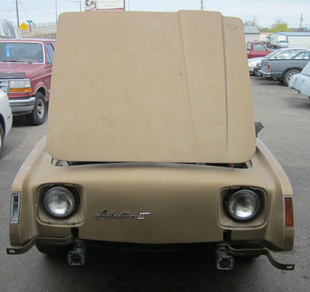 Chrysler 300 Salvage Title: ONE 1975 STUDEBAKER AVANTI II /SHELL / DONOR